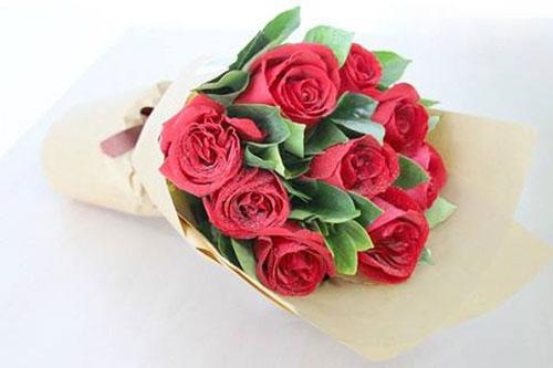 不同颜色9朵玫瑰的花语是什么?